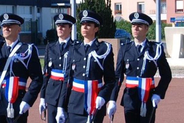 officier de la police nationale - fiche m u00e9tier